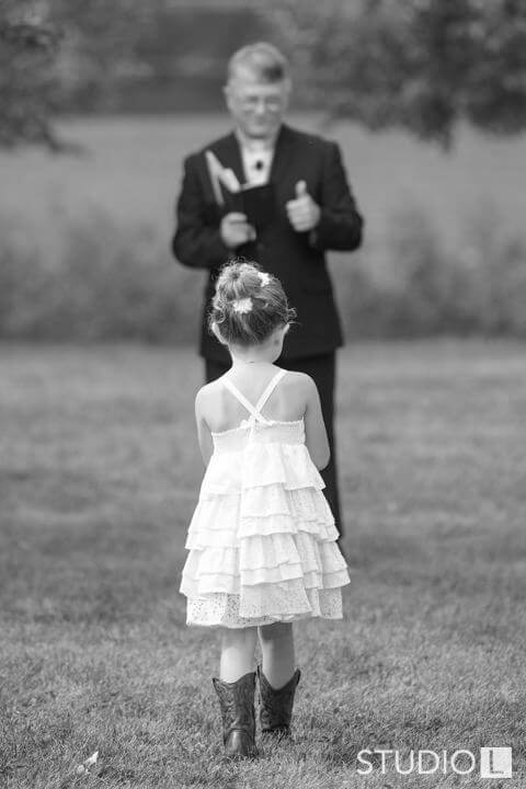 Vintage-Little-Farmer-Wedding-Photo-19