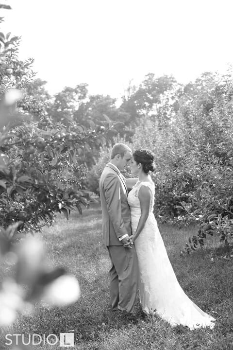 Vintage-Little-Farmer-Wedding-Photo-35