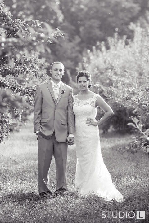 Vintage-Little-Farmer-Wedding-Photo-36