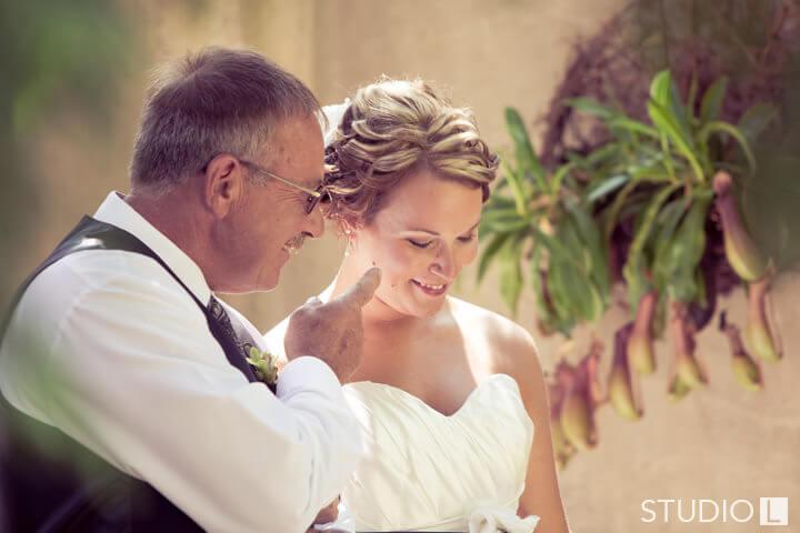 Paine-Art-Center-Wedding-Photo-15
