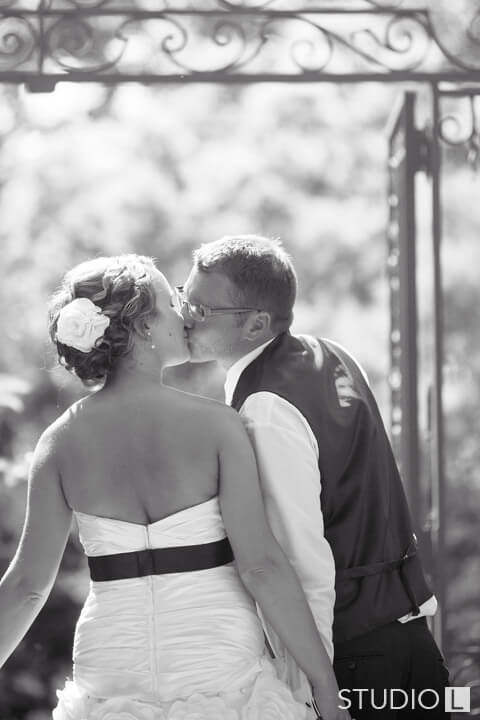Paine-Art-Center-Wedding-Photo-44