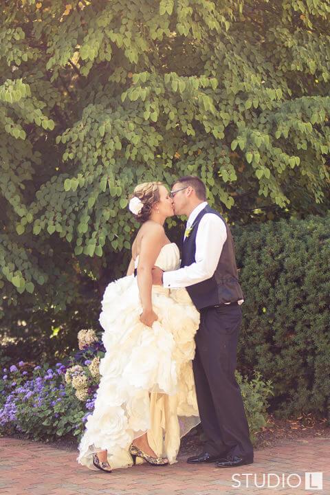 Paine-Art-Center-Wedding-Photo-46