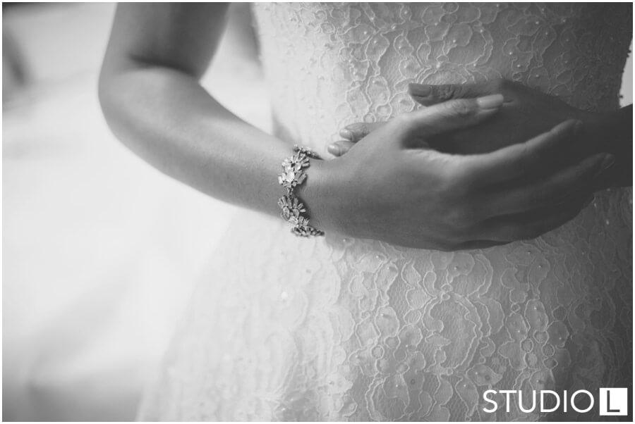 Sheboygan-WI-Backyard-Wedding-Studio-by-L-Photography-WEB_0004