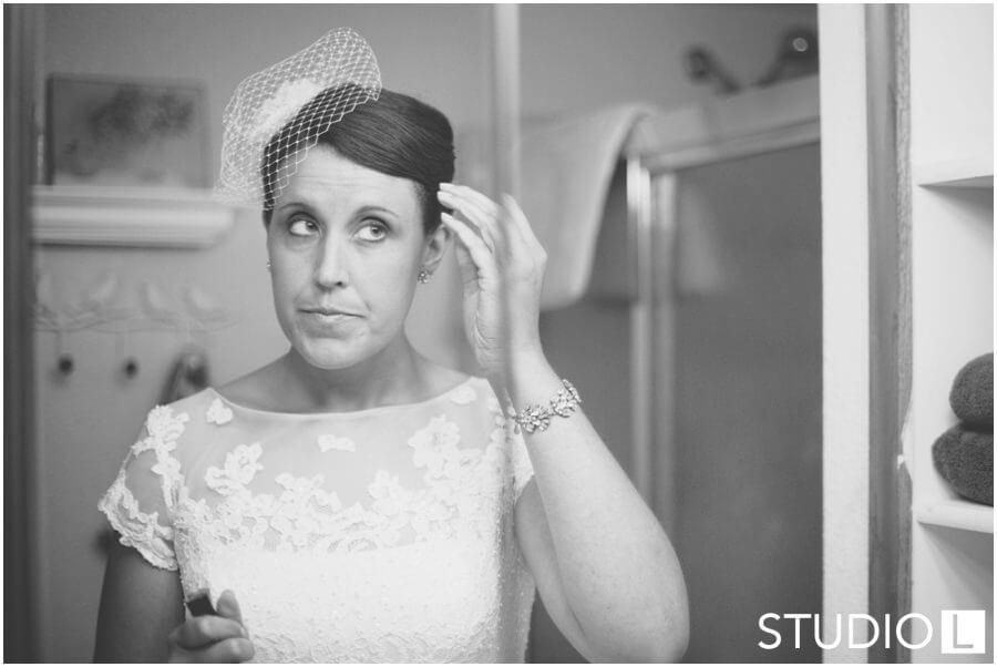 Sheboygan-WI-Backyard-Wedding-Studio-by-L-Photography-WEB_0005