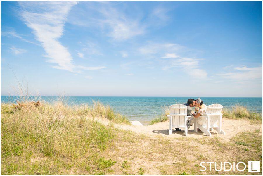 Sheboygan-WI-Backyard-Wedding-Studio-by-L-Photography-WEB_0013