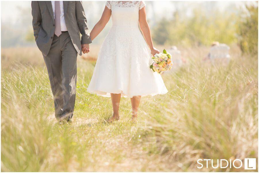 Sheboygan-WI-Backyard-Wedding-Studio-by-L-Photography-WEB_0017