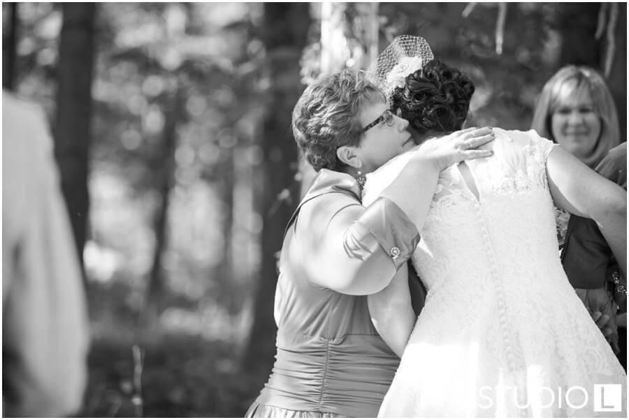 Sheboygan-WI-Backyard-Wedding-Studio-by-L-Photography-WEB_0028