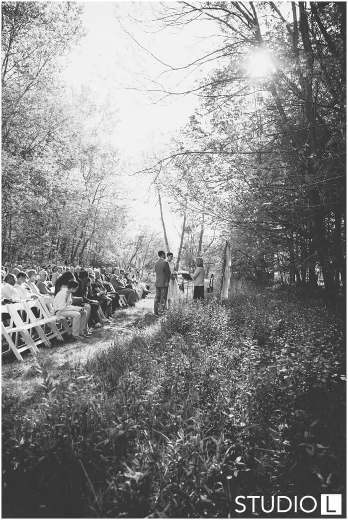 Sheboygan-WI-Backyard-Wedding-Studio-by-L-Photography-WEB_0032