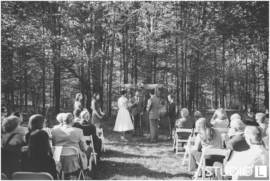 Sheboygan-WI-Backyard-Wedding-Studio-by-L-Photography-WEB_0035