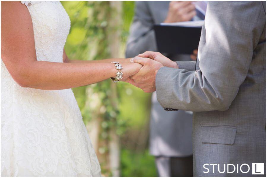 Sheboygan-WI-Backyard-Wedding-Studio-by-L-Photography-WEB_0037