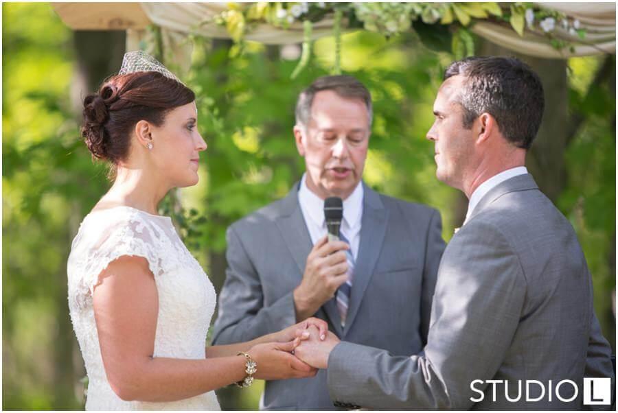 Sheboygan-WI-Backyard-Wedding-Studio-by-L-Photography-WEB_0038