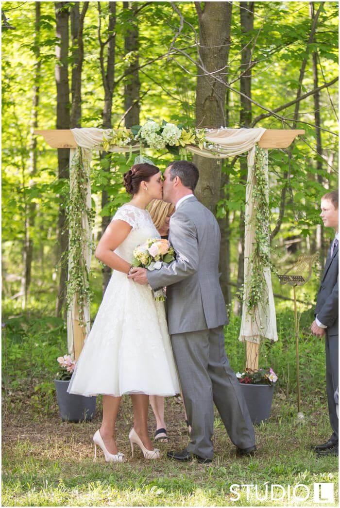 Sheboygan-WI-Backyard-Wedding-Studio-by-L-Photography-WEB_0042