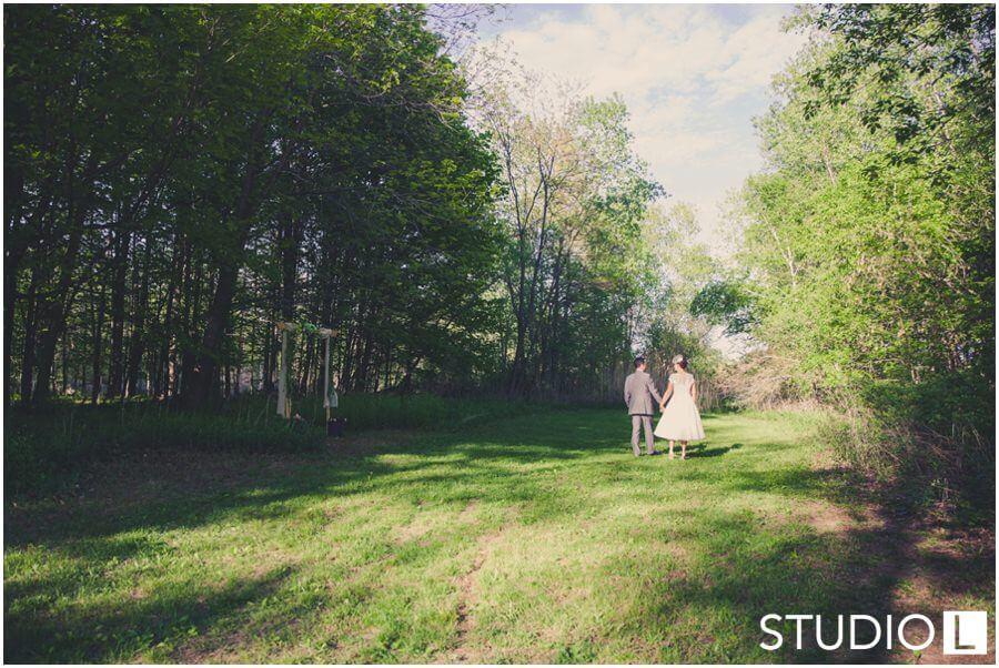 Sheboygan-WI-Backyard-Wedding-Studio-by-L-Photography-WEB_0050