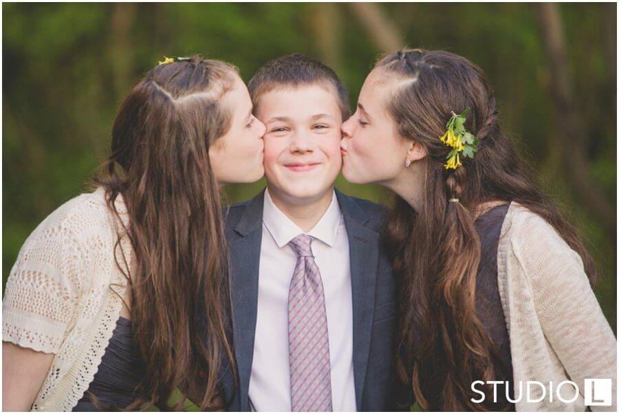 Sheboygan-WI-Backyard-Wedding-Studio-by-L-Photography-WEB_0056