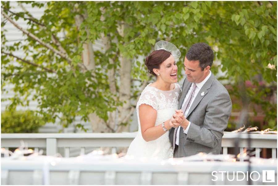 Sheboygan-WI-Backyard-Wedding-Studio-by-L-Photography-WEB_0070