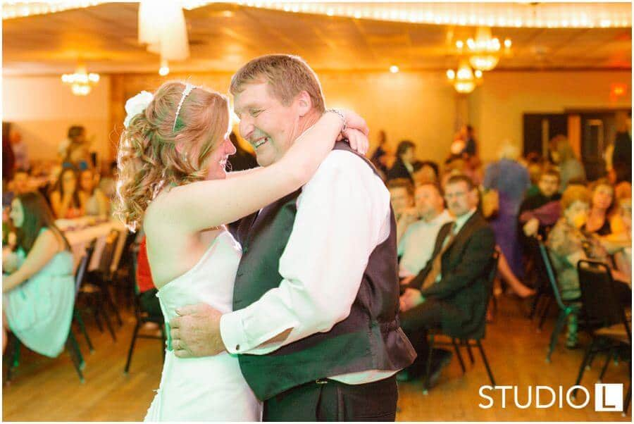 Fond-du-Lac-WI-wedding-Studio-L-Photography_0069