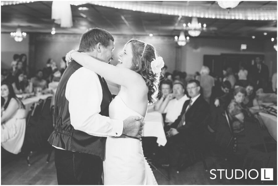 Fond-du-Lac-WI-wedding-Studio-L-Photography_0070