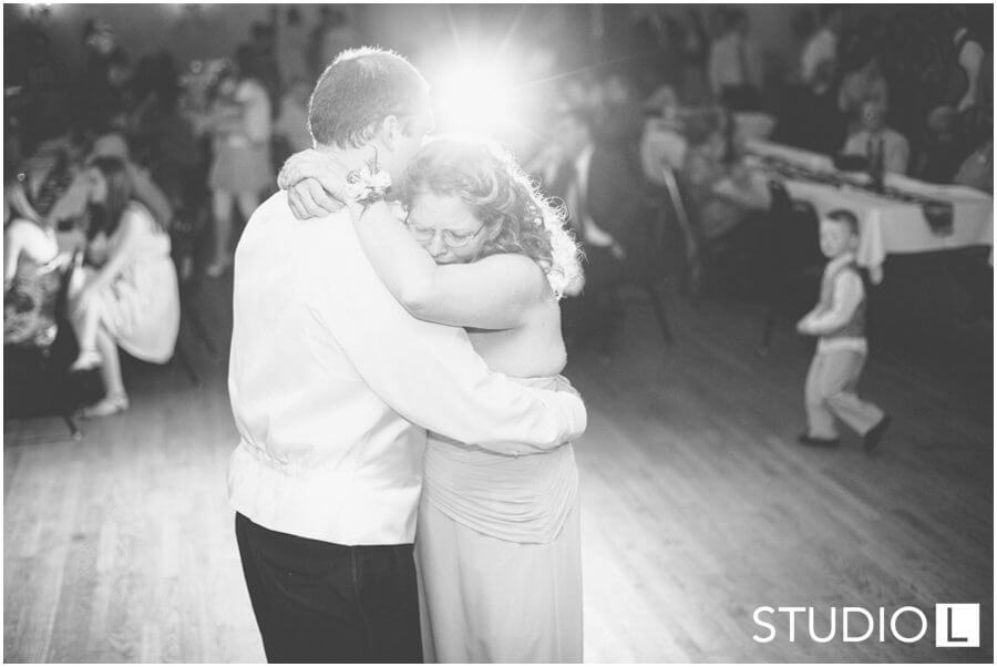 Fond-du-Lac-WI-wedding-Studio-L-Photography_0071