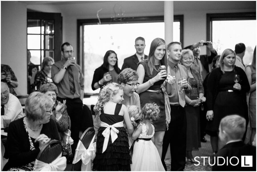Pine-Hills-Country-Club-Wedding-Sheboygan-WI-Studio-L-Photography_0036