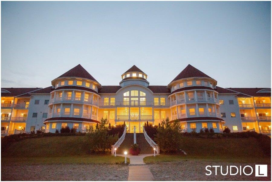 Sheboygan Wedding Photographer Blue Harbor Resort Studio L Photography 0065