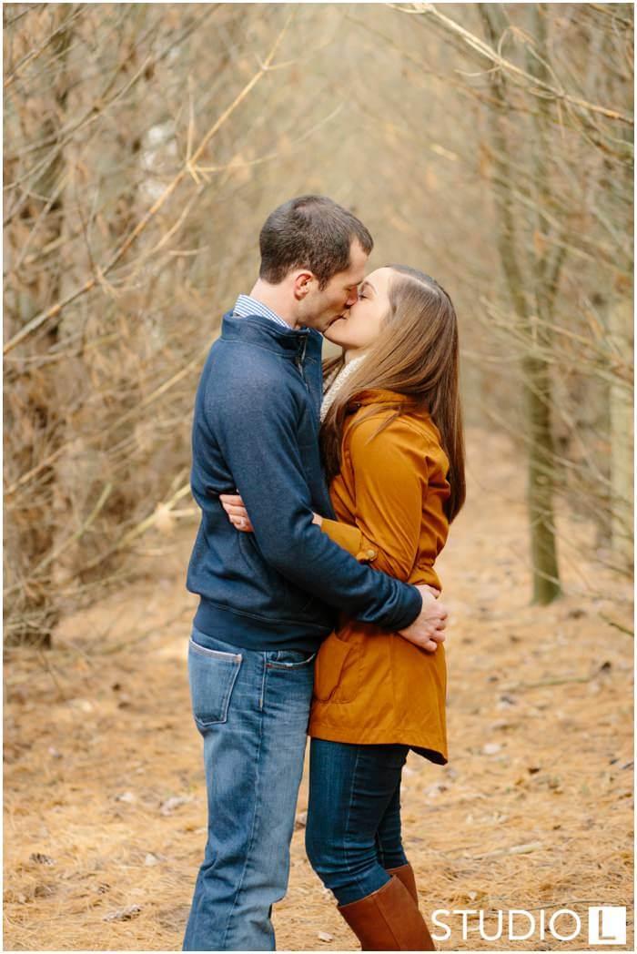 WI-Wedding-Photographers-Fall-Engagement-Session_0017