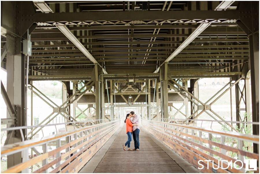Milwaukee-WI-Engagement-Session-Studio-by-L-Photography_0003