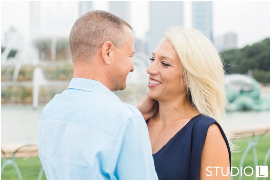 Chicago-Waldorf-Astoria-Engagement-Session-Studio-L-Photography_0010