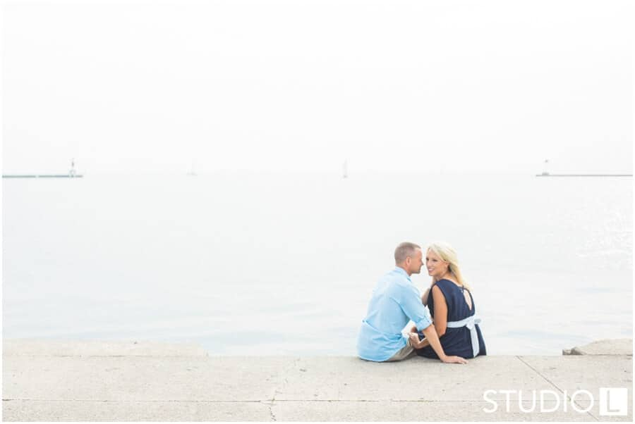Chicago-Waldorf-Astoria-Engagement-Session-Studio-L-Photography_0016