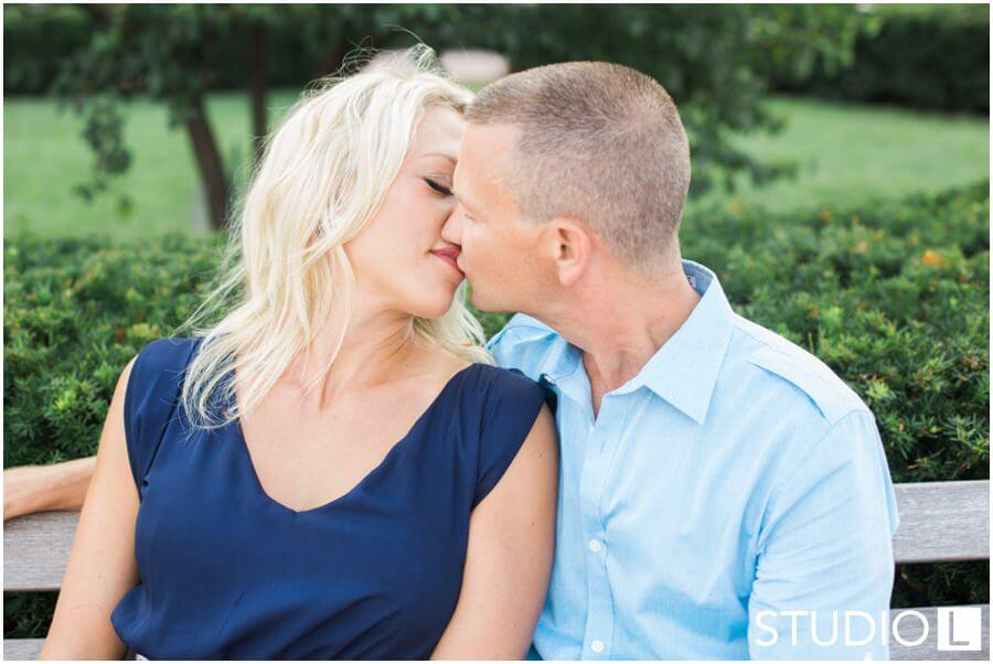 Chicago-Waldorf-Astoria-Engagement-Session-Studio-L-Photography_0018