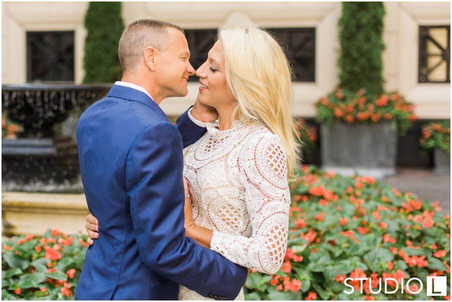 Chicago-Waldorf-Astoria-Engagement-Session-Studio-L-Photography_0029