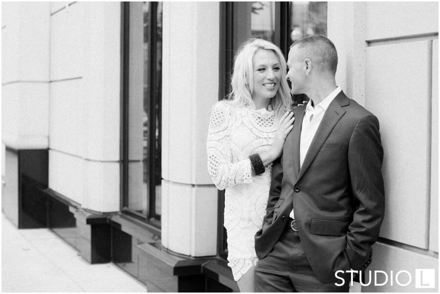 Chicago-Waldorf-Astoria-Engagement-Session-Studio-L-Photography_0034