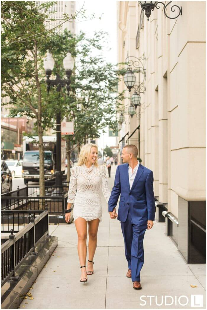 Chicago-Waldorf-Astoria-Engagement-Session-Studio-L-Photography_0037