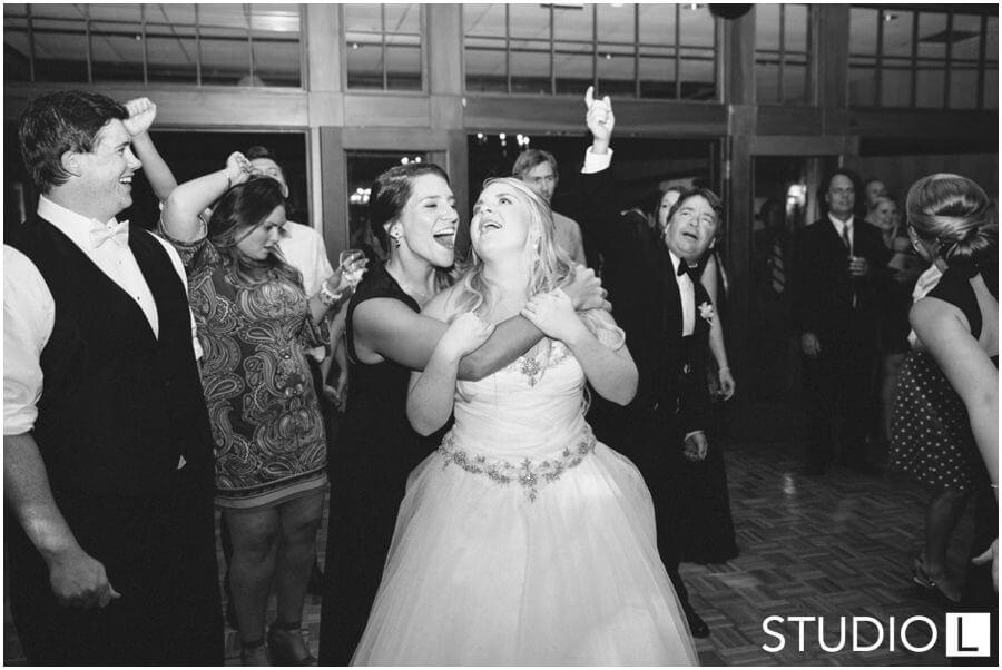 Wausau-Country-Club-Wedding-Studio-L-Photography_0086