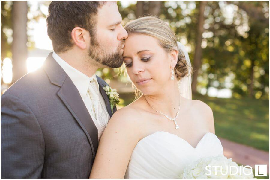 Osthoff-Resort-Wedding-Elkhart-Lake-wedding-photographer-Studio-L-Photography_0001-1