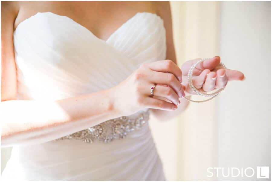 Osthoff-Resort-Wedding-Elkhart-Lake-wedding-photographer-Studio-L-Photography_0010