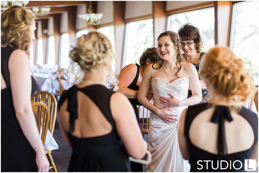 Sheboygan-Town-and-country-Golf-Course-Wedding-Studio-L-Photography_0005