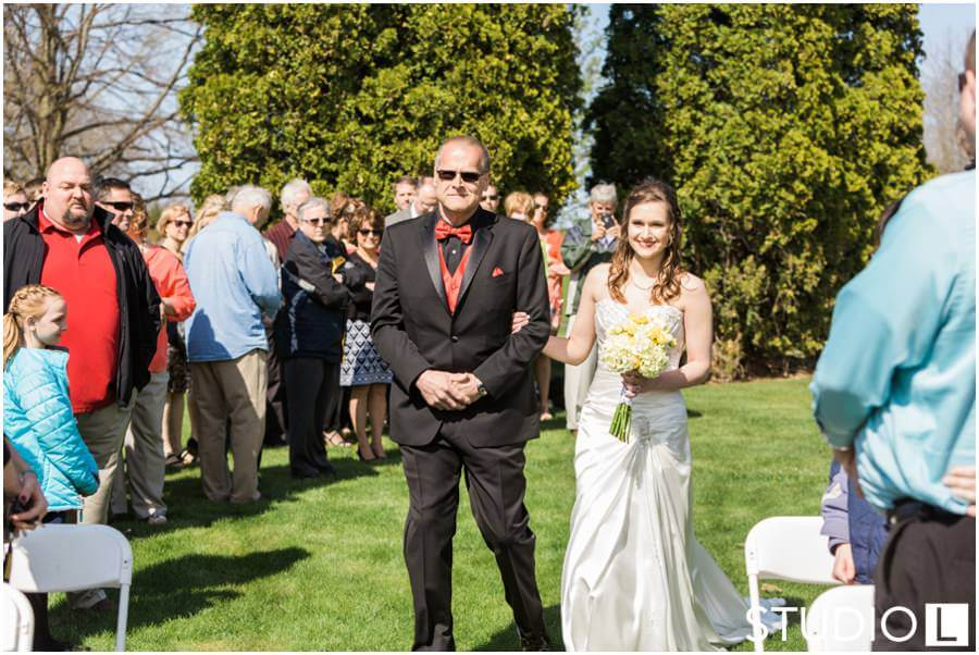 Sheboygan-Town-and-country-Golf-Course-Wedding-Studio-L-Photography_0018