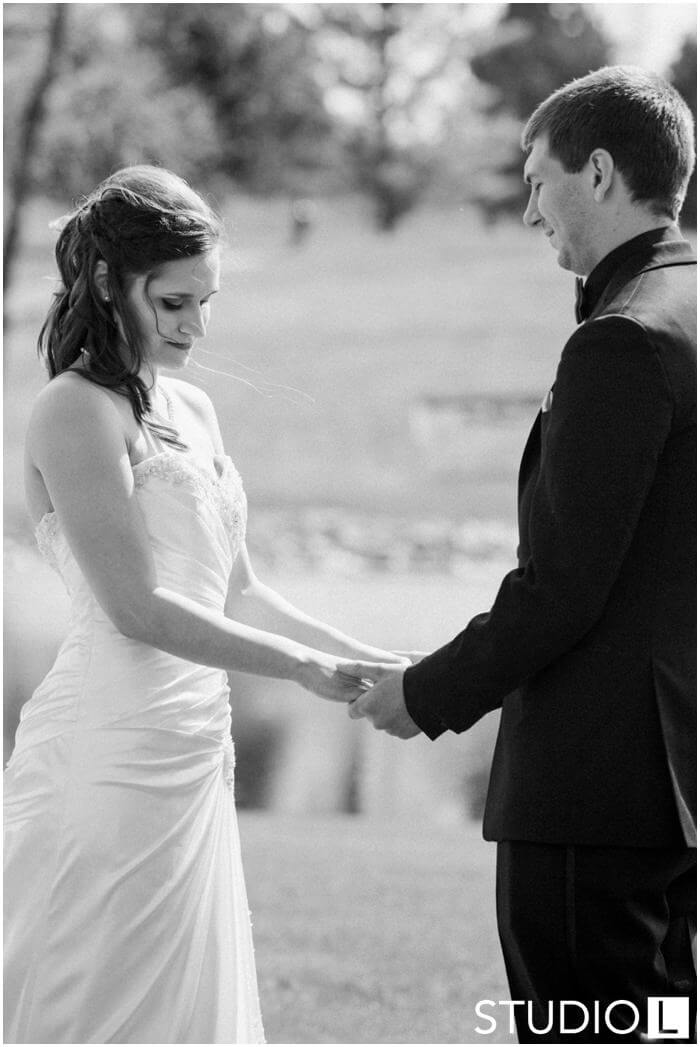 Sheboygan-Town-and-country-Golf-Course-Wedding-Studio-L-Photography_0024