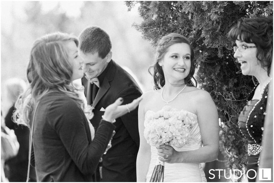 Sheboygan-Town-and-country-Golf-Course-Wedding-Studio-L-Photography_0031
