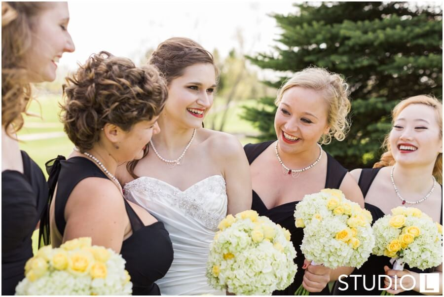 Sheboygan-Town-and-country-Golf-Course-Wedding-Studio-L-Photography_0033