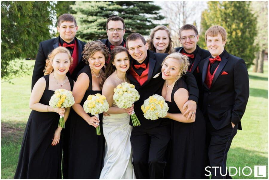 Sheboygan-Town-and-country-Golf-Course-Wedding-Studio-L-Photography_0036