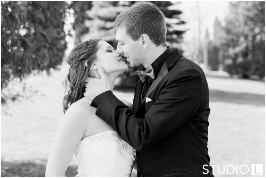 Sheboygan-Town-and-country-Golf-Course-Wedding-Studio-L-Photography_0039