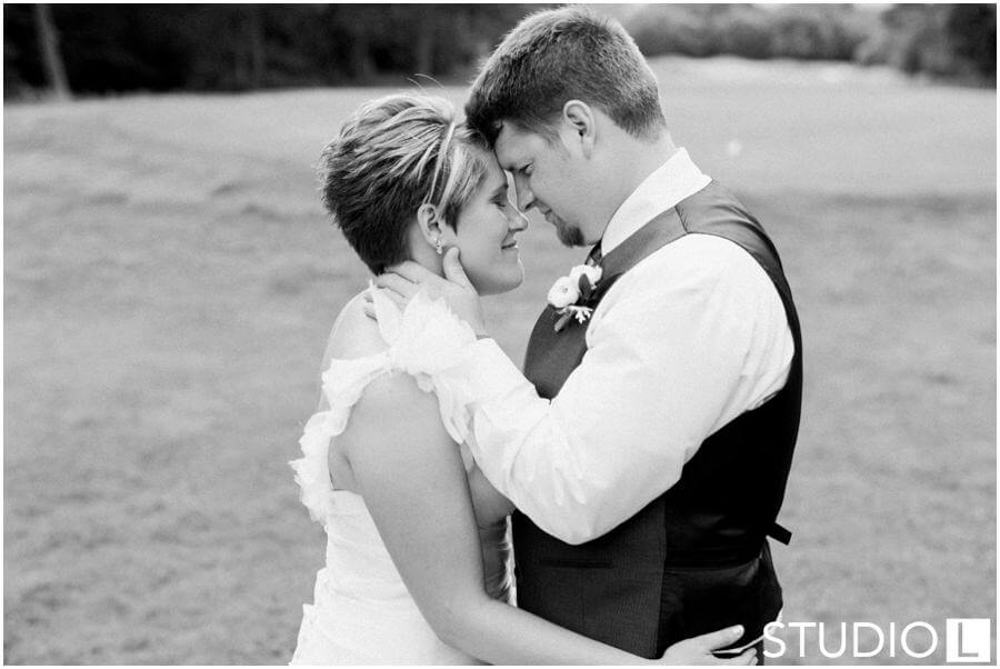 Whispering-Springs-Golf-Club-Fond-du-Lac-Wedding-Studio-L-Photography_0001