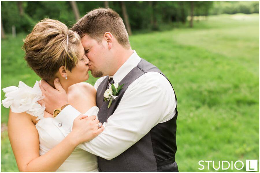 Whispering-Springs-Golf-Club-Fond-du-Lac-Wedding-Studio-L-Photography_0041