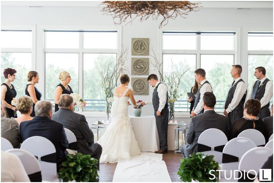 Whispering-Springs-Golf-Club-Fond-du-Lac-Wedding-Studio-L-Photography_0060