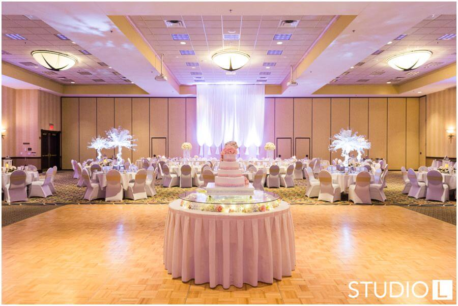 Blue-Harbor-Resort-Wedding-Studio-L-Photography_0044