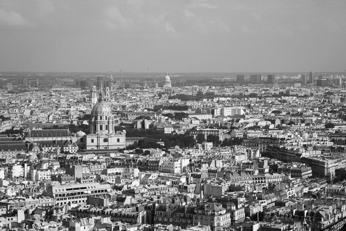 Paris-France-black-and-white-fine-art-photography-by-Studio-L-photographer-Laura-Schneider-_4659