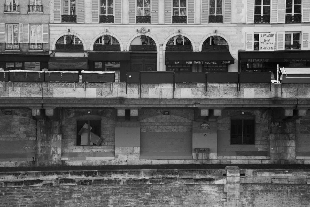 Paris-France-black-and-white-fine-art-photography-by-Studio-L-photographer-Laura-Schneider-_4929