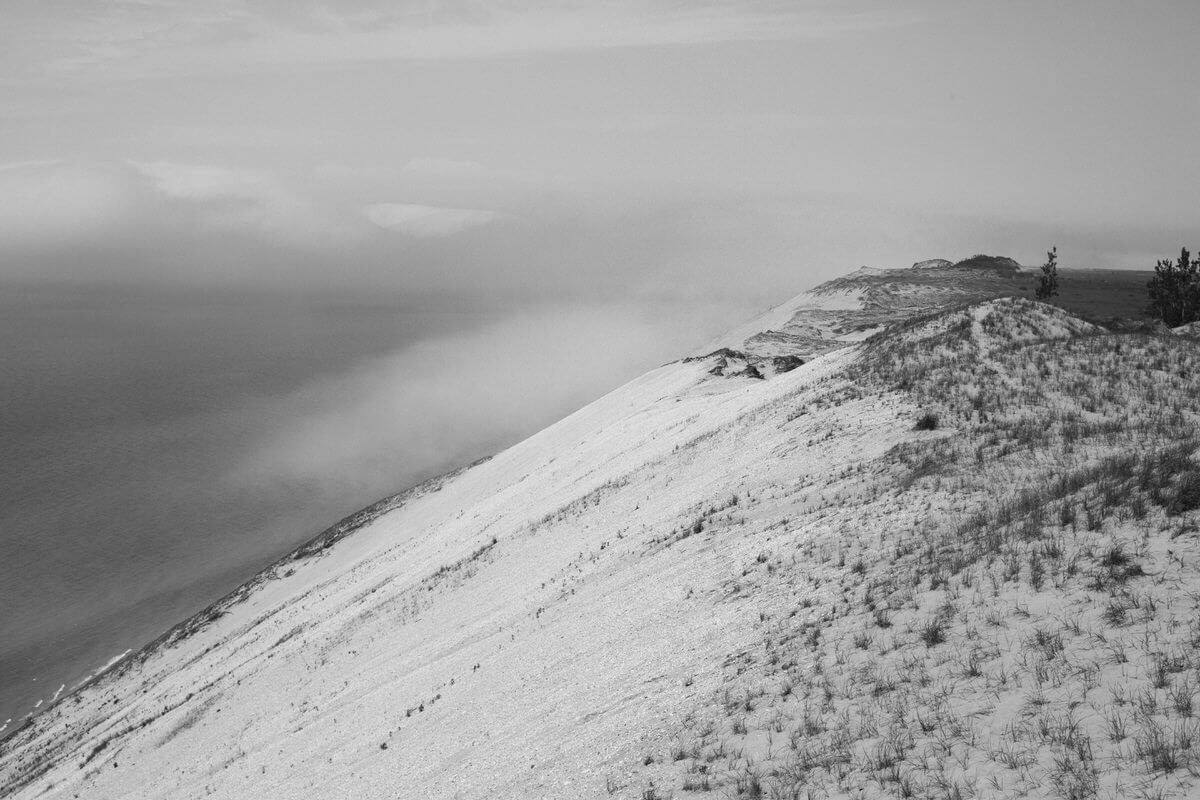 Sleeping-Bear-Dunes-National-Lakeshore-Michigan-black-and-white-fine-art-photography-by-Studio-L-photographer-Laura-Schneider-_1636