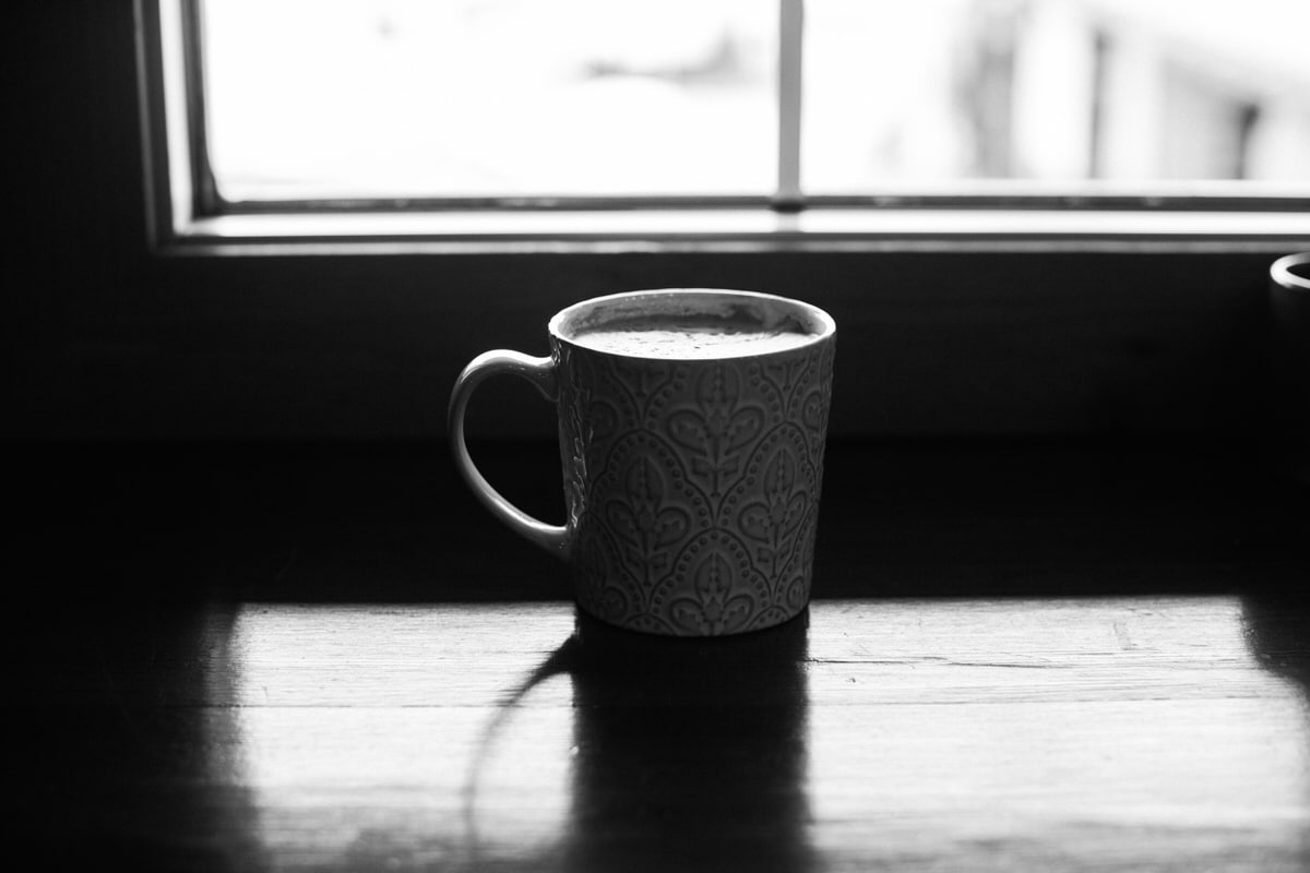Urban-Fuel-Coffee-Fond-du-Lac-Wisconsin-black-and-white-fine-art-photography-by-Studio-L-photographer-Laura-Schneider-_2728